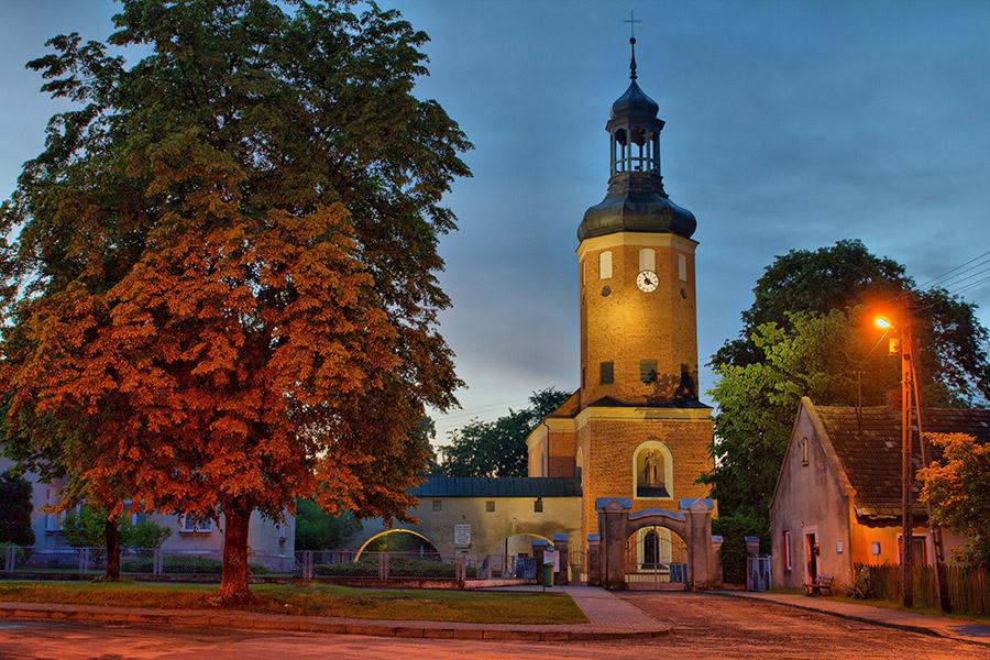 kościół w konopnicy
